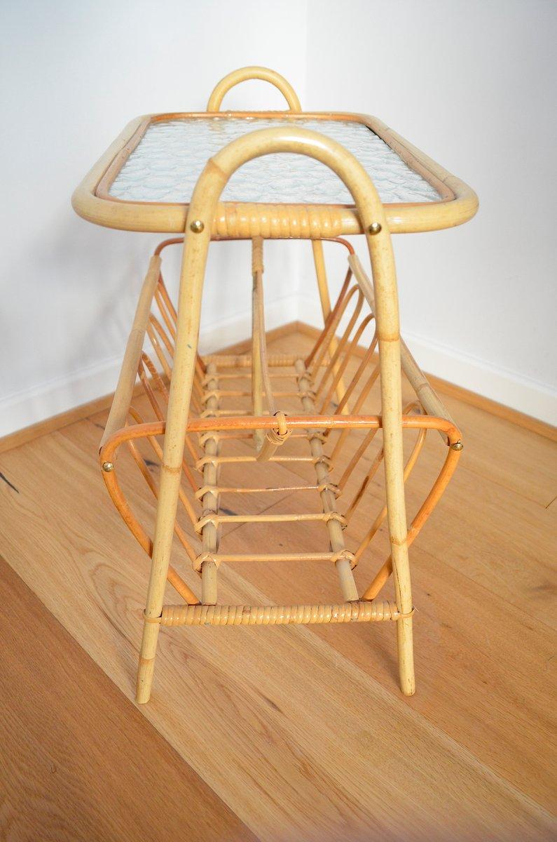 deutscher bambus beistelltisch mit zeitungsst nder 1950er bei pamono kaufen. Black Bedroom Furniture Sets. Home Design Ideas