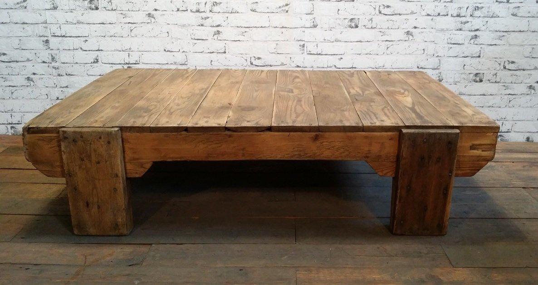 Industrieller Vintage Esstisch aus Holz