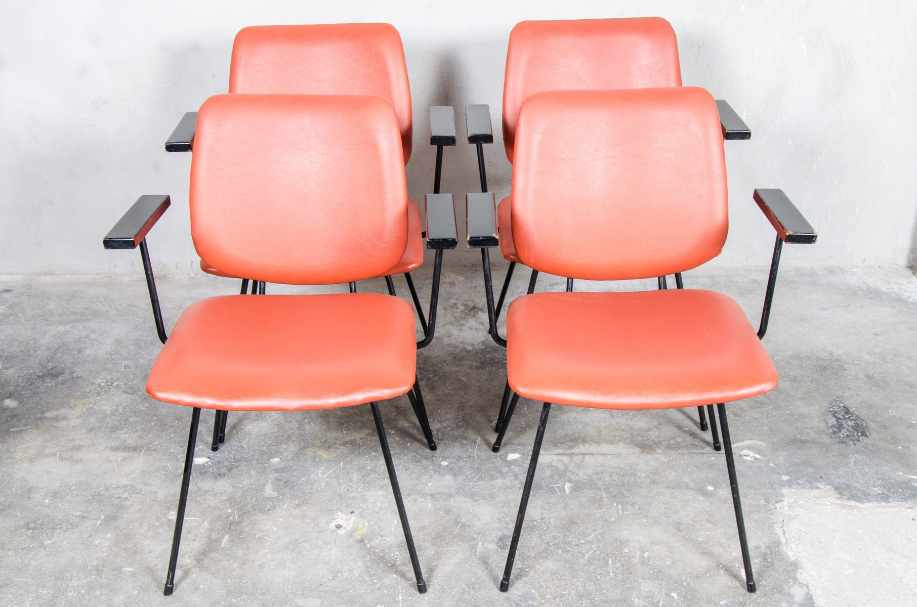 Ordinaire Bright Red Dining Set By W.H Gispen For Kembo, 1950s, Set Of 4