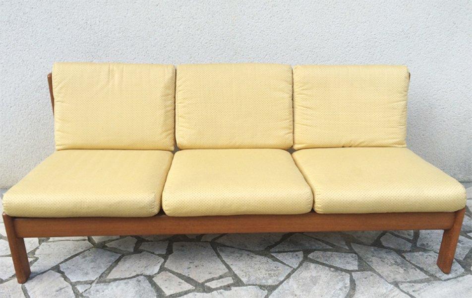 canap trois places en teck clair 1960s en vente sur pamono. Black Bedroom Furniture Sets. Home Design Ideas