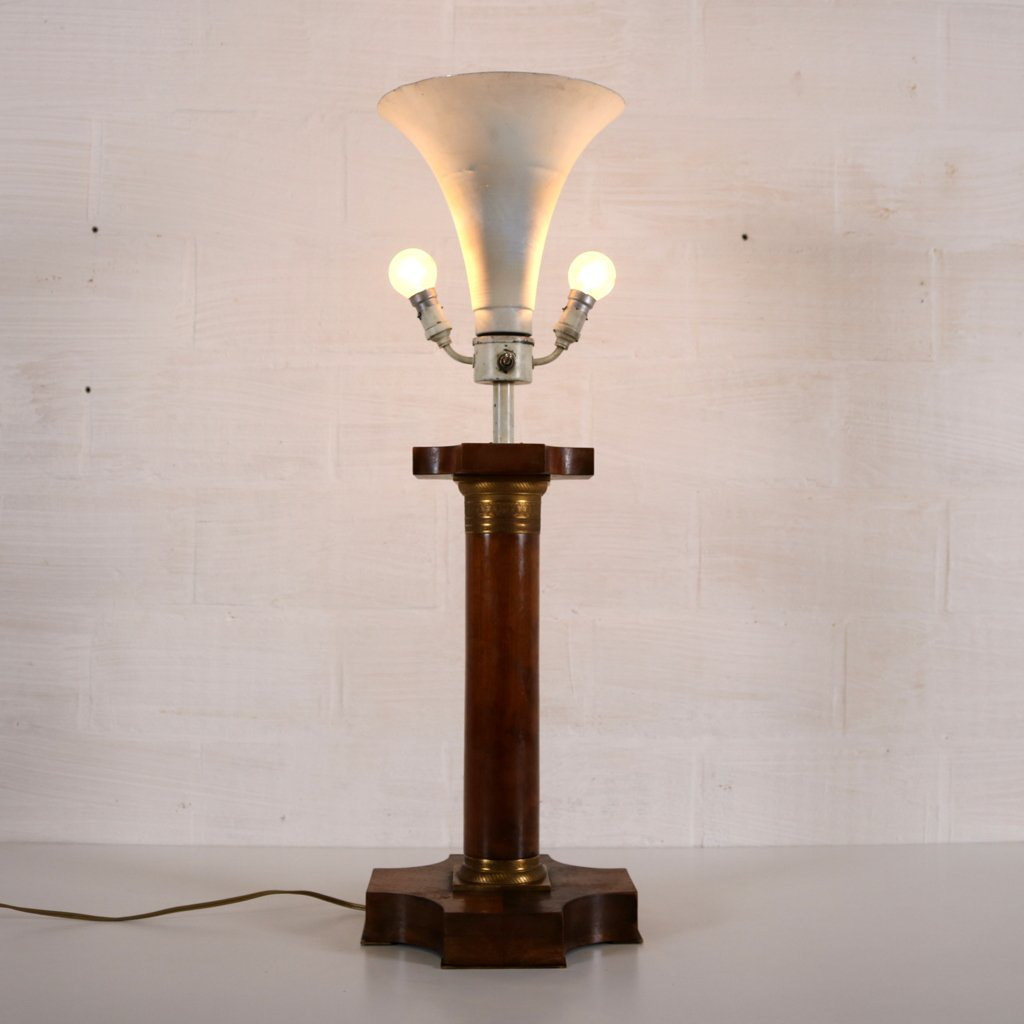Vintage Art Deco Lamp With Corinthian Pillar For Sale At