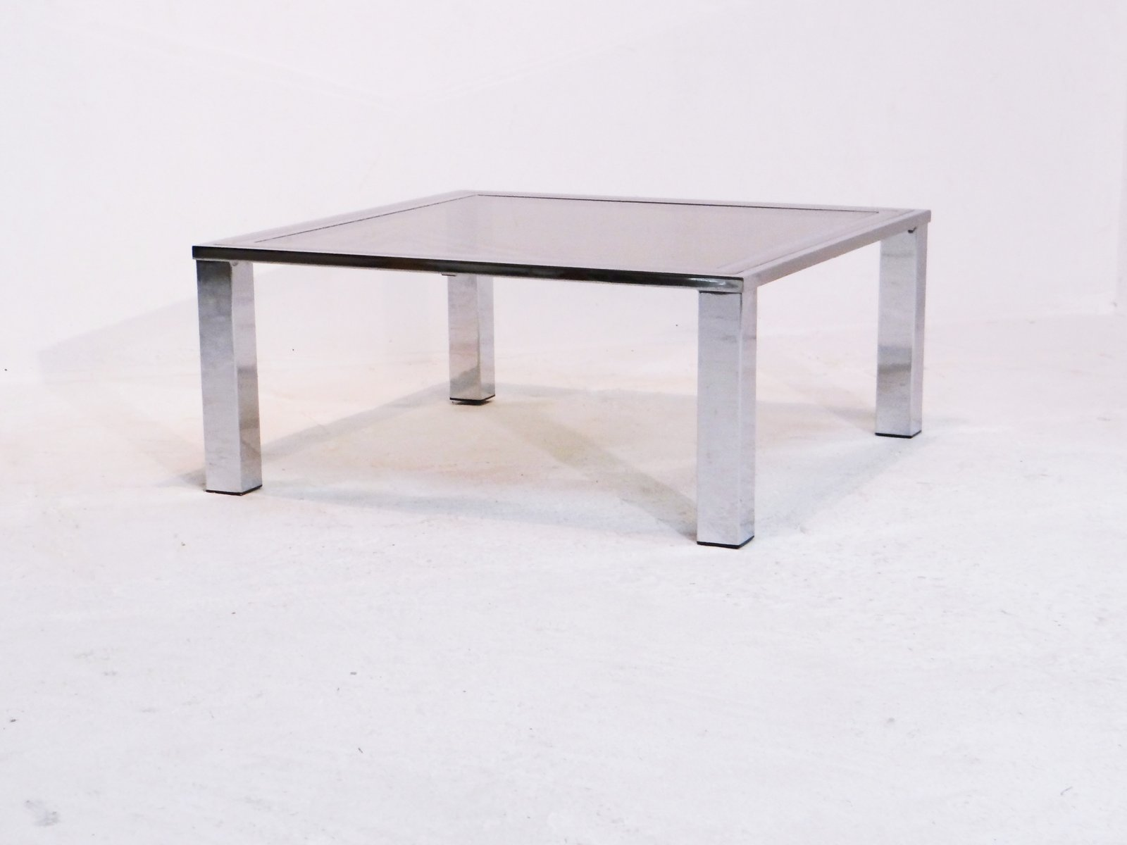 Attrayant Vintage Coffee Table With Smoked Glass Top