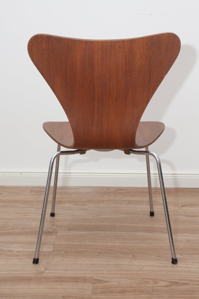 Model 3107 Teak & Plywood Ant Chairs By Arne Jacobsen For