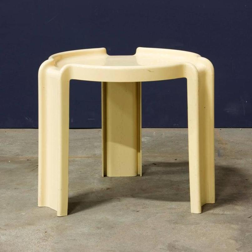 Off White Plastic Nesting Tables By Giotto Stoppino For