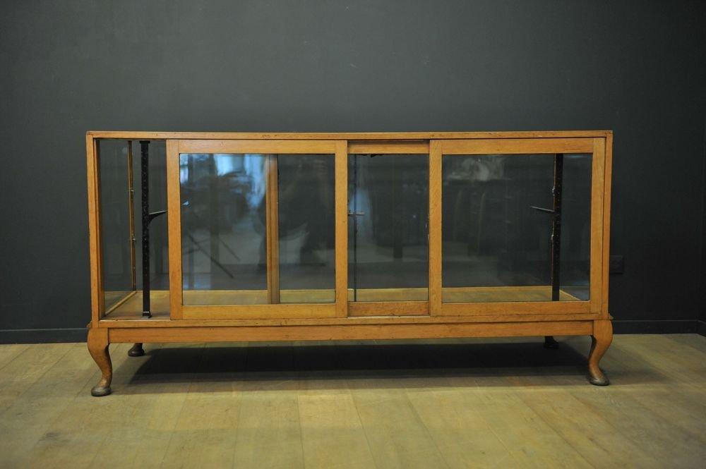 Vintage Eichenholz Vitrine Sideboard Bei Pamono Kaufen