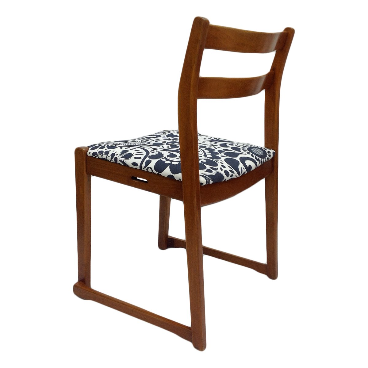 chaise d 39 appoint vintage motifs en teck en vente sur pamono. Black Bedroom Furniture Sets. Home Design Ideas