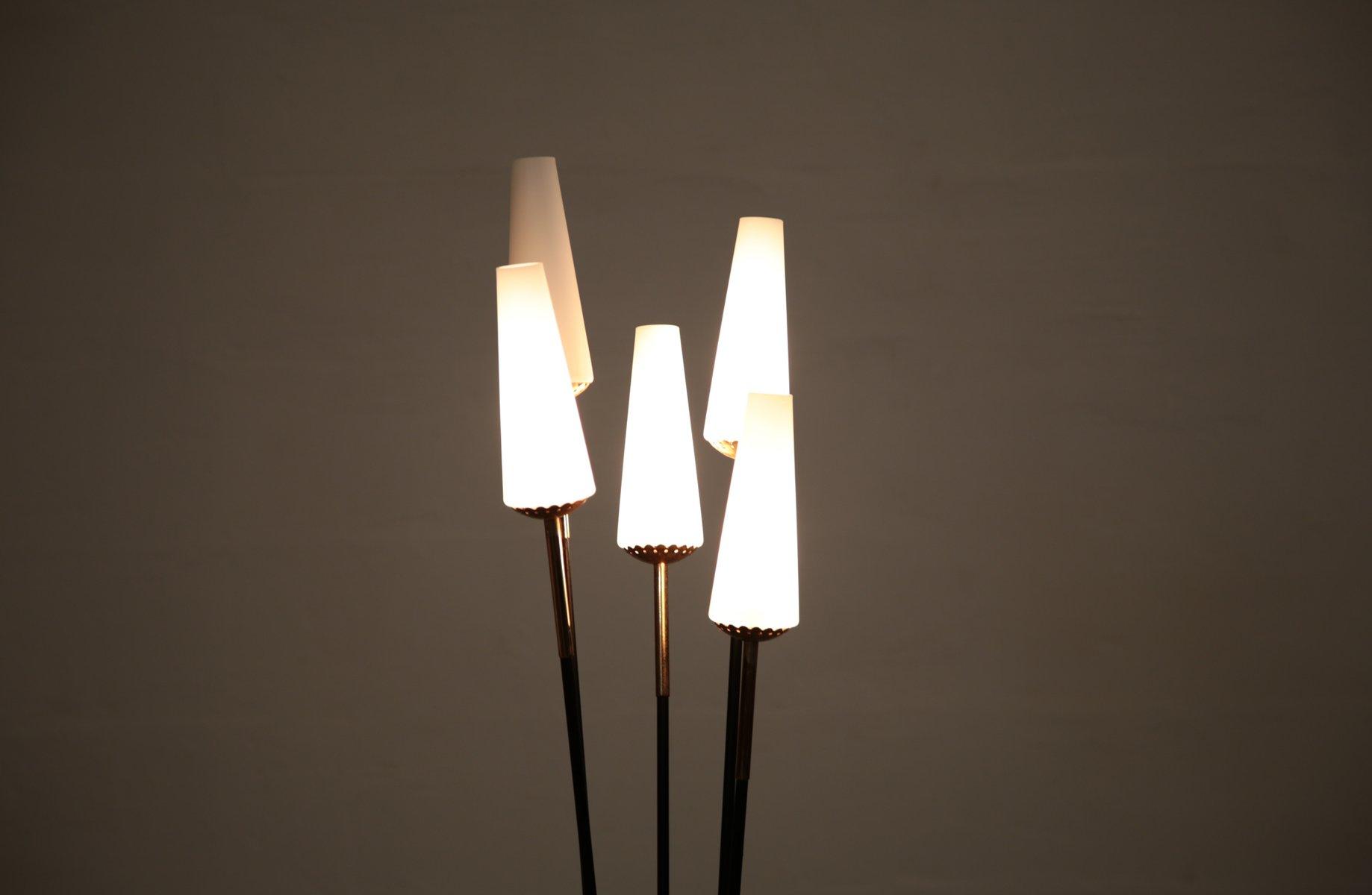 italienische vintage stehlampe aus metall opalglas bei pamono kaufen. Black Bedroom Furniture Sets. Home Design Ideas