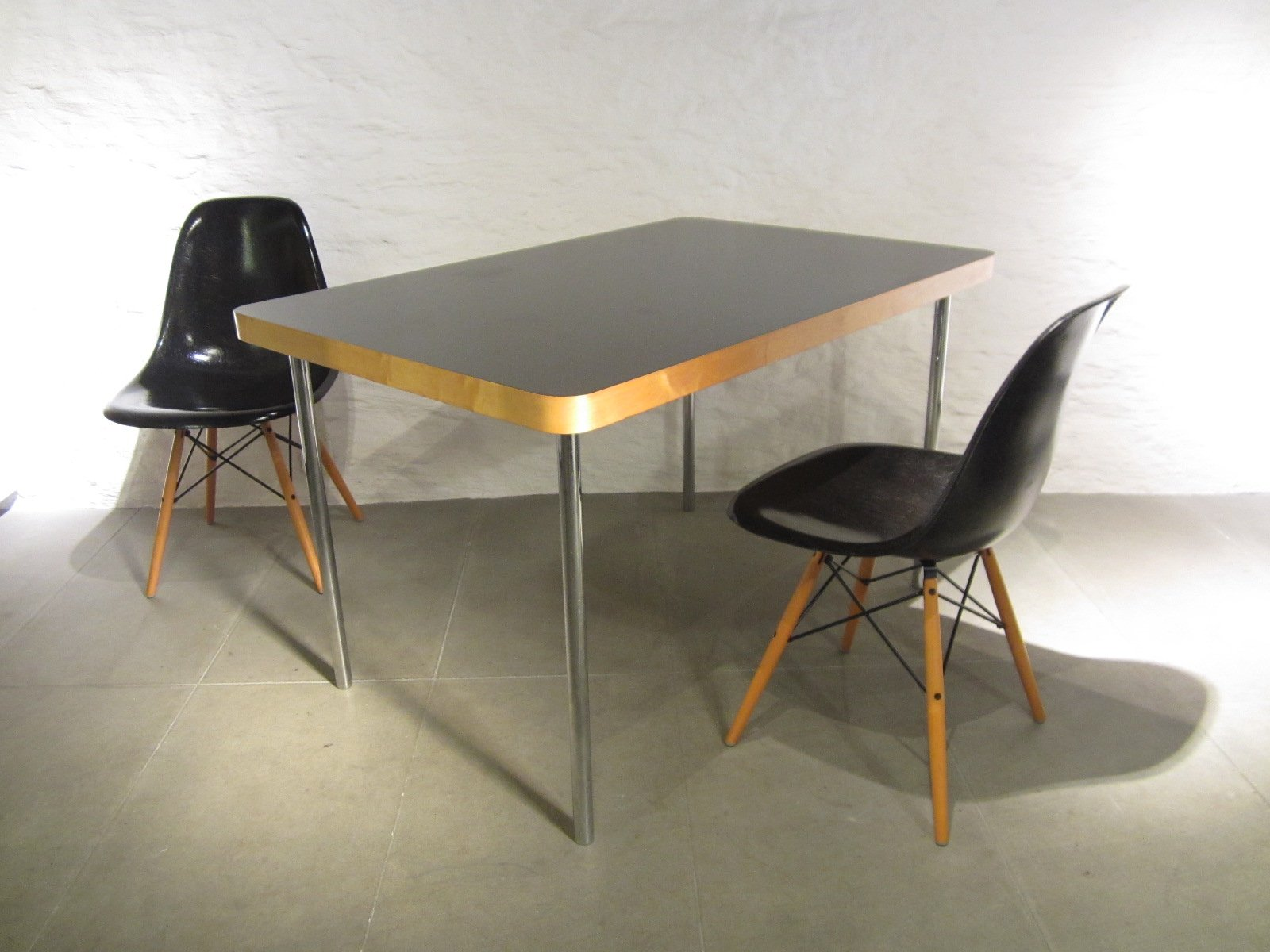 petite table de salon vintage par marcel breuer pour embru wohnbedarf 1940s en vente sur pamono. Black Bedroom Furniture Sets. Home Design Ideas
