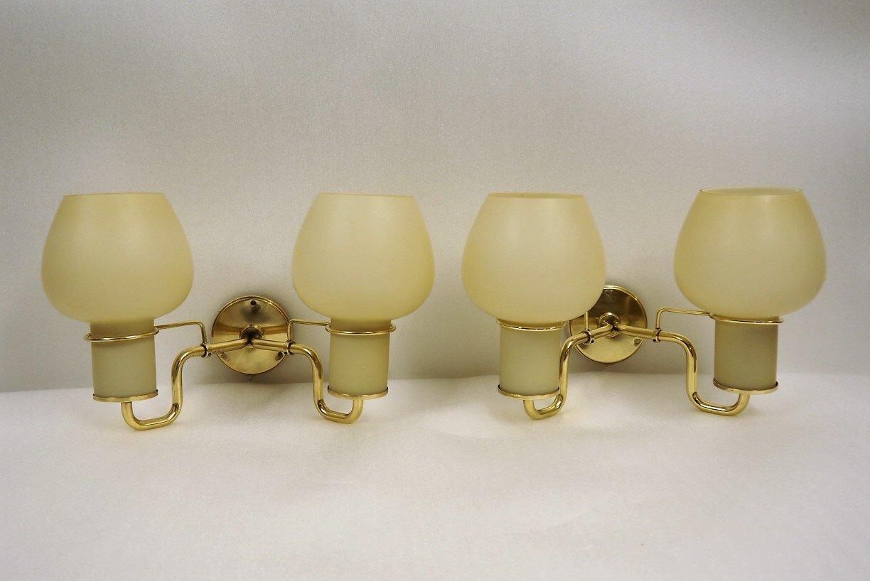 Applique vintage con doppi paralumi in vetro opalino di lyfa set di
