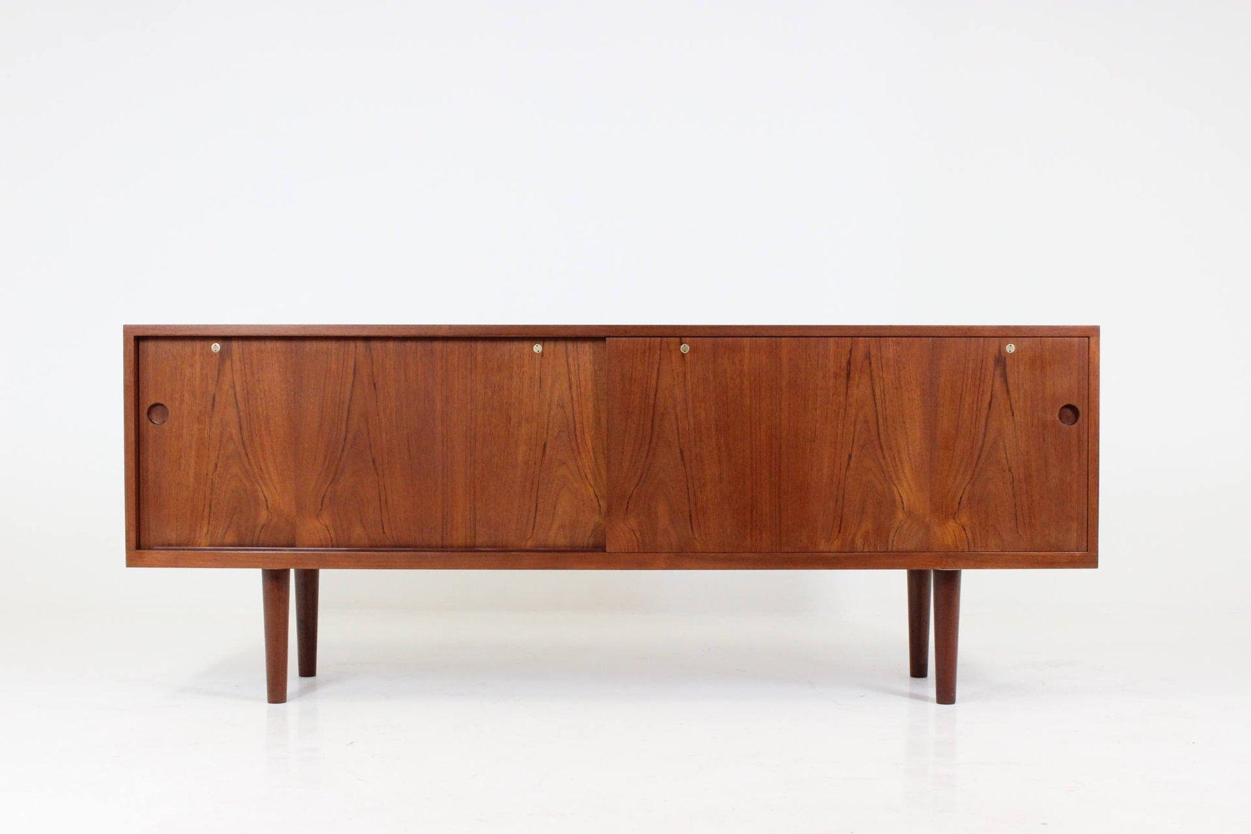 Niedriges Modell RY26 Sideboard von Hans J. Wegner für RY Mobler, 1960...