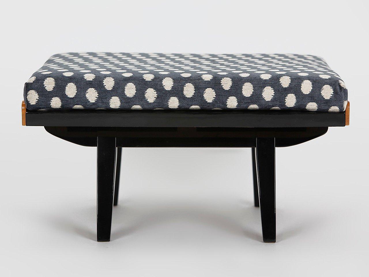 table basse ou repose pied de tatra 1960s en vente sur pamono. Black Bedroom Furniture Sets. Home Design Ideas