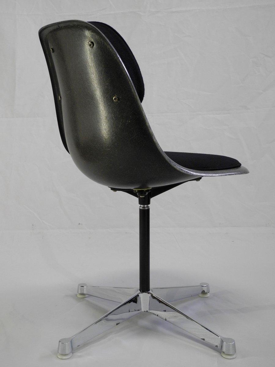 vintage psc 3 b rostuhl von charles ray eames f r herman. Black Bedroom Furniture Sets. Home Design Ideas