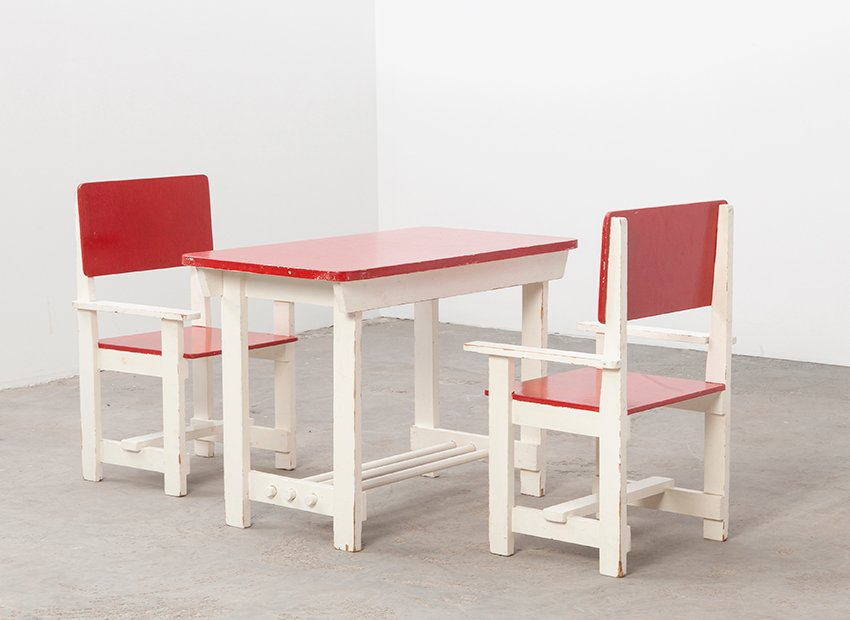 487198a05a0 Vintage Wooden Children s Table   Chairs for sale at Pamono
