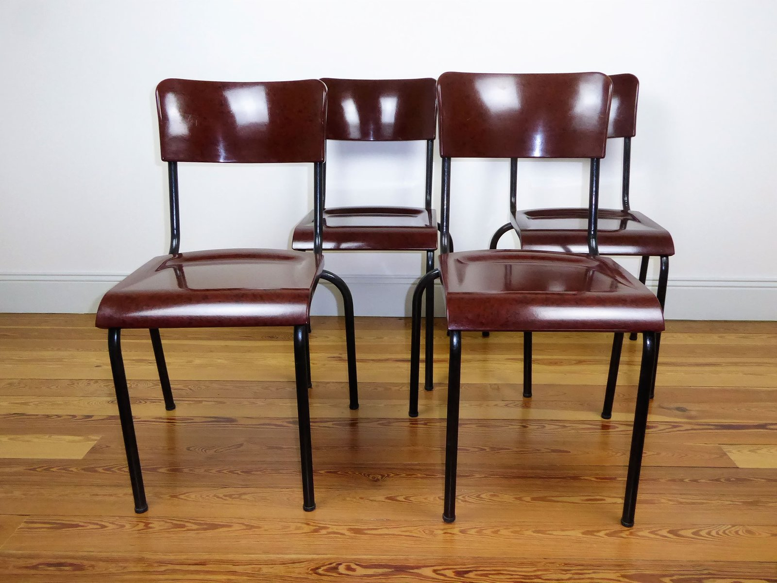 Sedie in metallo e bachelite di rené herbst anni 40 set di 4 in