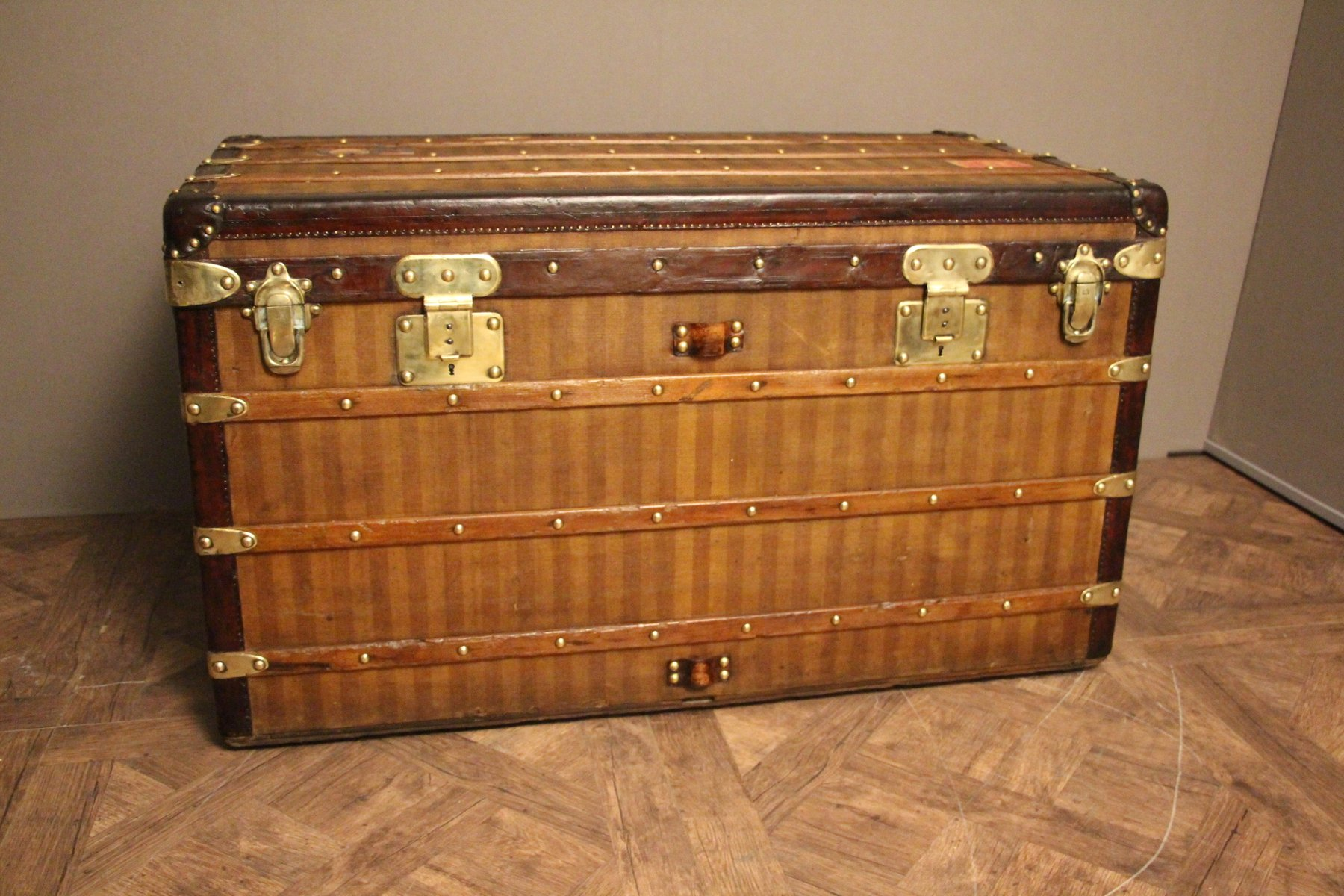 Antique Striped Canvas Steamer Trunk from Louis Vuitton for sale at ... d0f9d617f0693