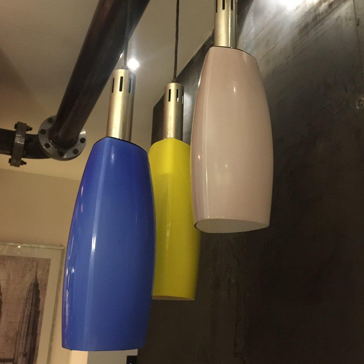 Lampada a sospensione in vetro colorato di Stilnovo, anni '50 in vendita su Pamono