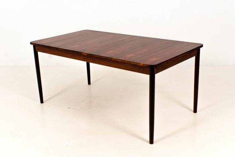 Tavolo da pranzo Mid-Century moderno allungabile in palissandro di ...