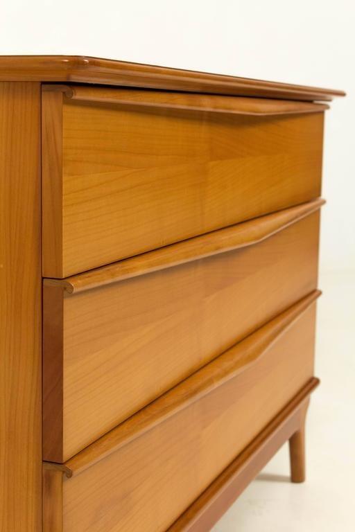 organisch geformte mid century modern kommode 1970er bei. Black Bedroom Furniture Sets. Home Design Ideas