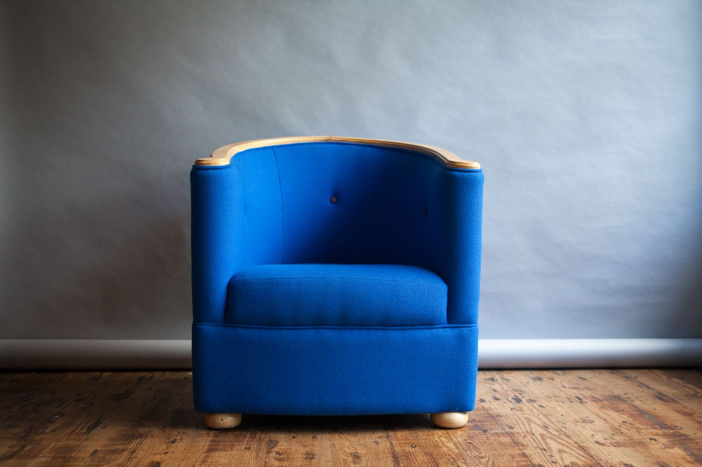 Cobalt Blue Tub Chair, 1980s for sale at Pamono