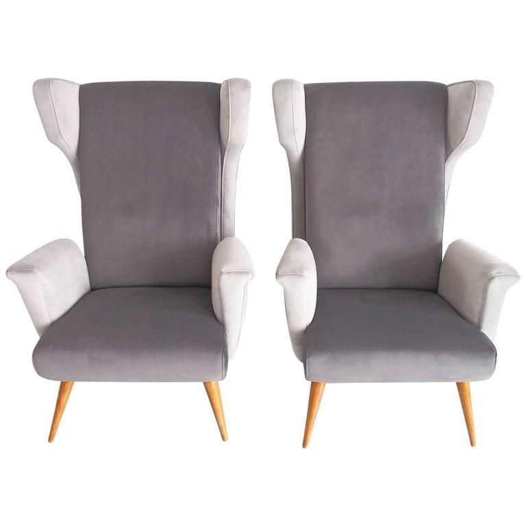 Italienische Mid-Century Modern Sessel aus Grauem Samt, 2er Set