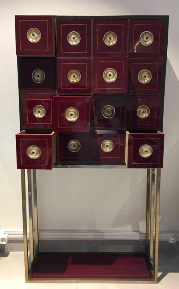 Meuble de rangement vintage couleur bordeaux avec 16 tiroirs en vente sur pamono - Meuble de couleur ...