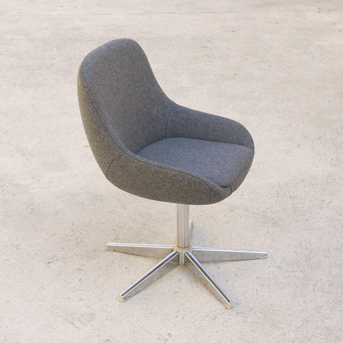 chaise de bureau grise 1970s en vente sur pamono. Black Bedroom Furniture Sets. Home Design Ideas