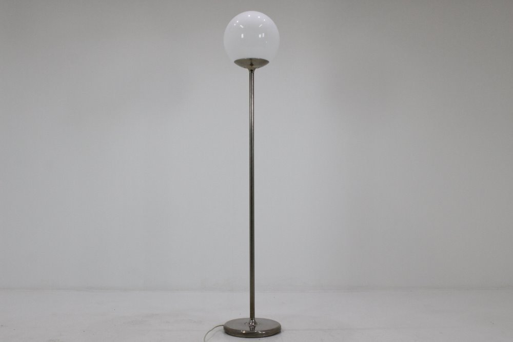 Italienische Mid-Century Stehlampe mit Kugel Leuchte, 1970er