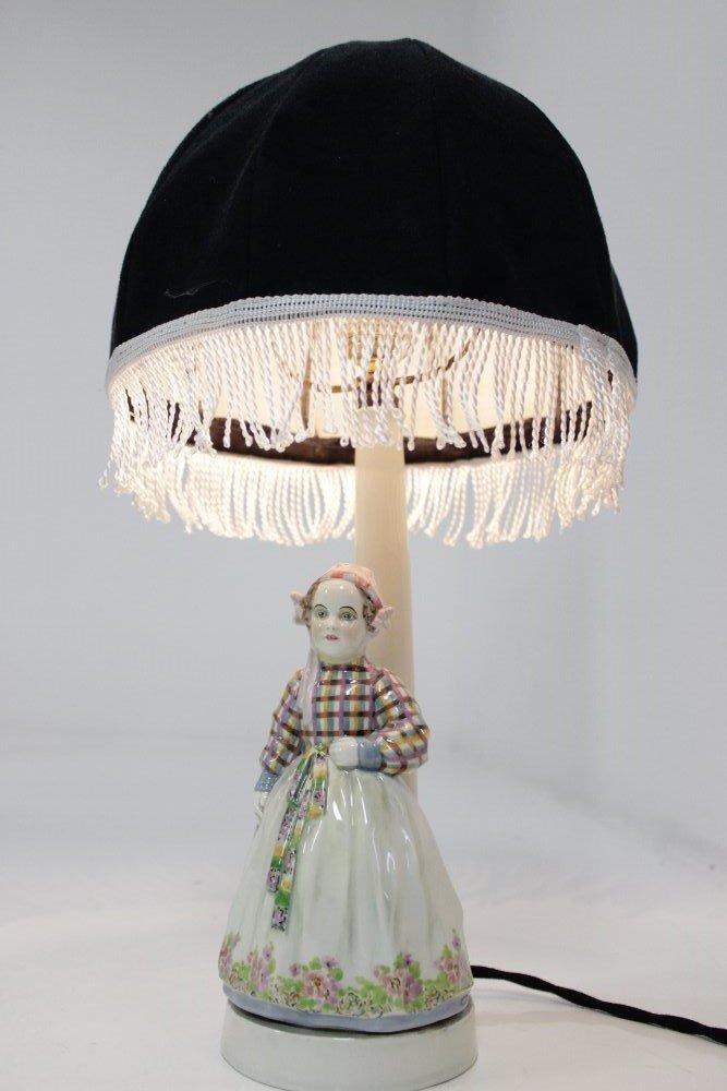 Jugendstil Lampe von Josef Lorenzl für Fridrich Goldscheider, 1920er