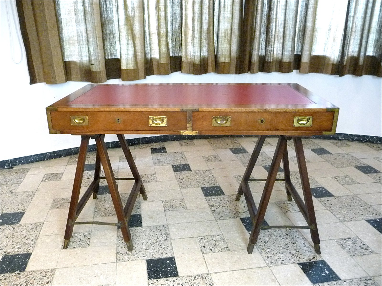 Vintage british campaign desk in mahogany and leather for sale at pamono vintage british campaign desk in mahogany and leather gumiabroncs Choice Image