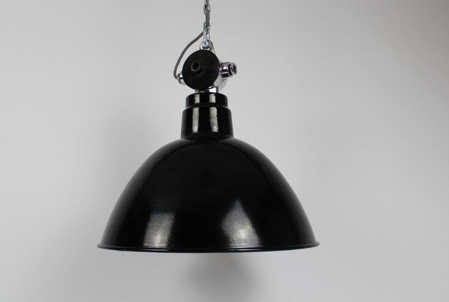Industrielle Emaillierte Fabriklampe von VEB Leuchtenbau