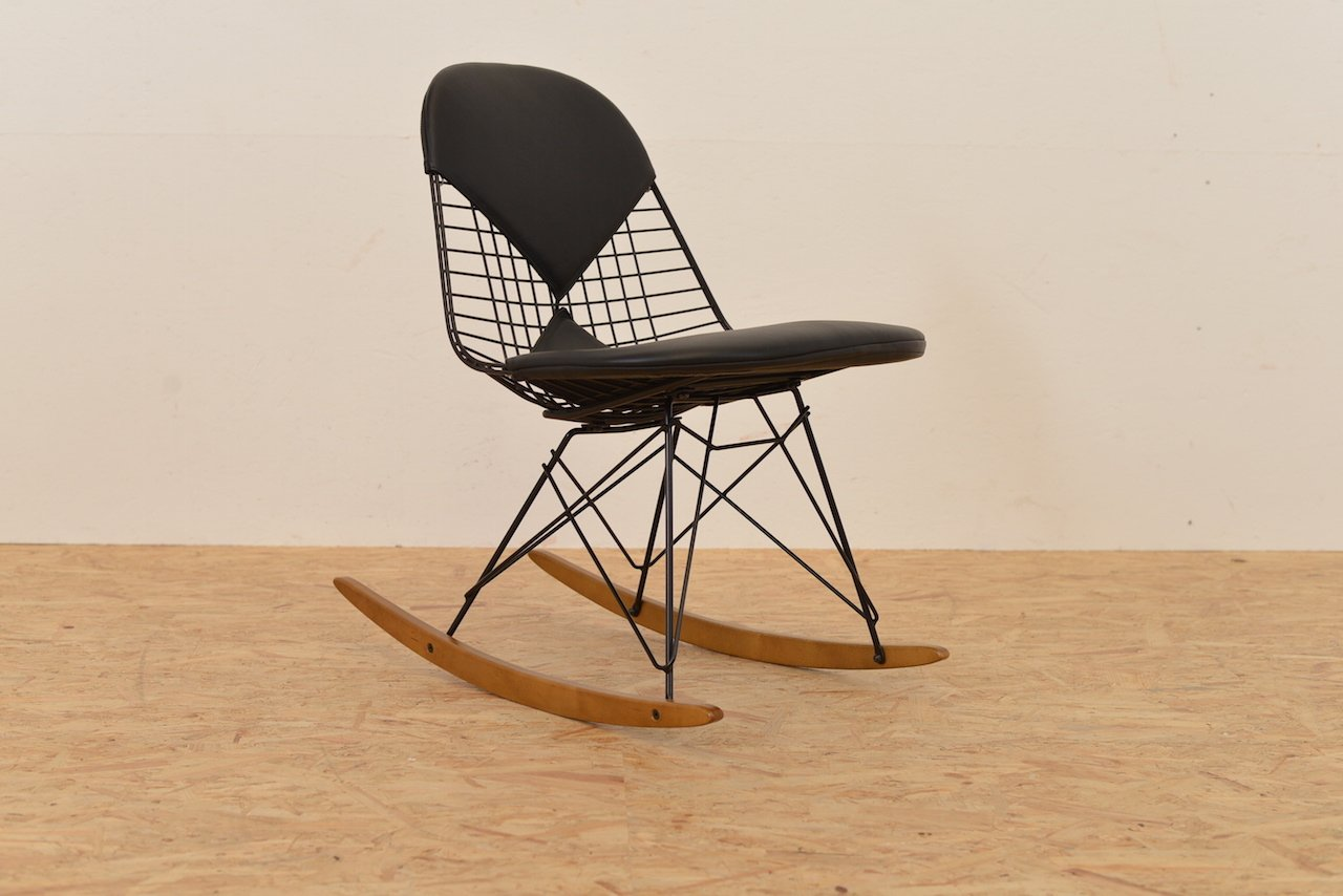 wire rocking chair by ray and charles eames for vitra for sale at pamono. Black Bedroom Furniture Sets. Home Design Ideas