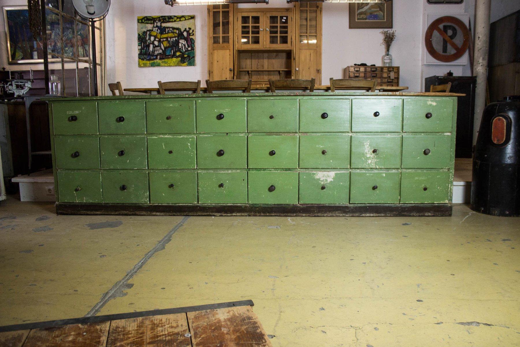 Antiker Grüner Kommodenschrank