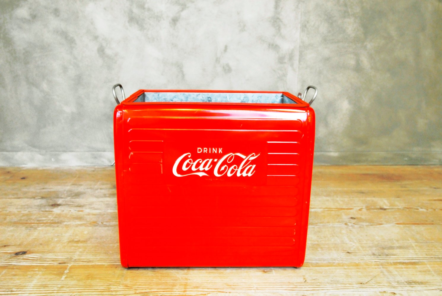 Fein Coca Cola Schrank Bilder - Schönes Wohnungideen - getpaidteam.info