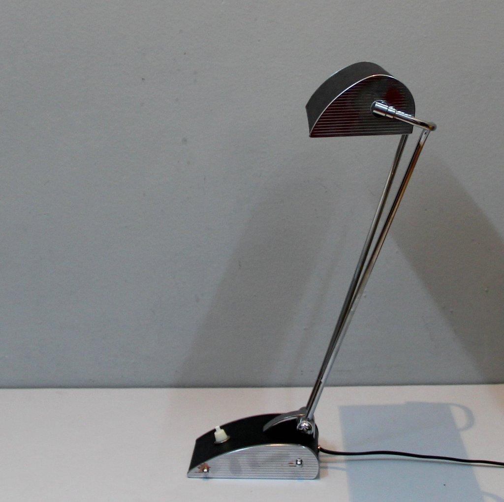 lampe de bureau vintage en m tal plaqu chrome par eileen gray pour jumo en vente sur pamono. Black Bedroom Furniture Sets. Home Design Ideas