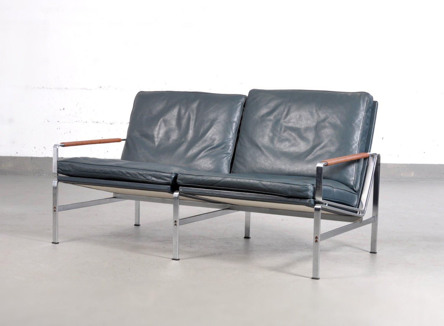 Poltrona FK 6720 e divano a due posti vintage di Fabricius ...