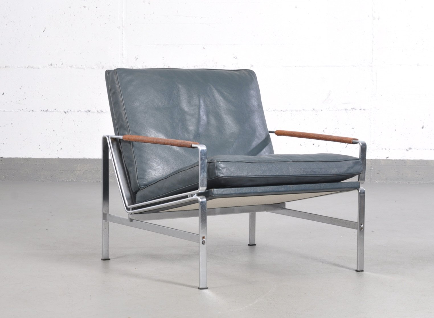 fauteuil canap deux places fk 6720 vintage par fabricius kastholm pour kill international. Black Bedroom Furniture Sets. Home Design Ideas