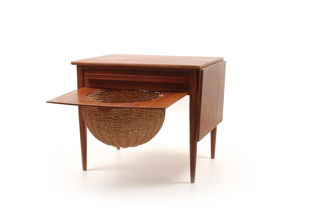table de couture vintage par johannes andersen pour cfc. Black Bedroom Furniture Sets. Home Design Ideas