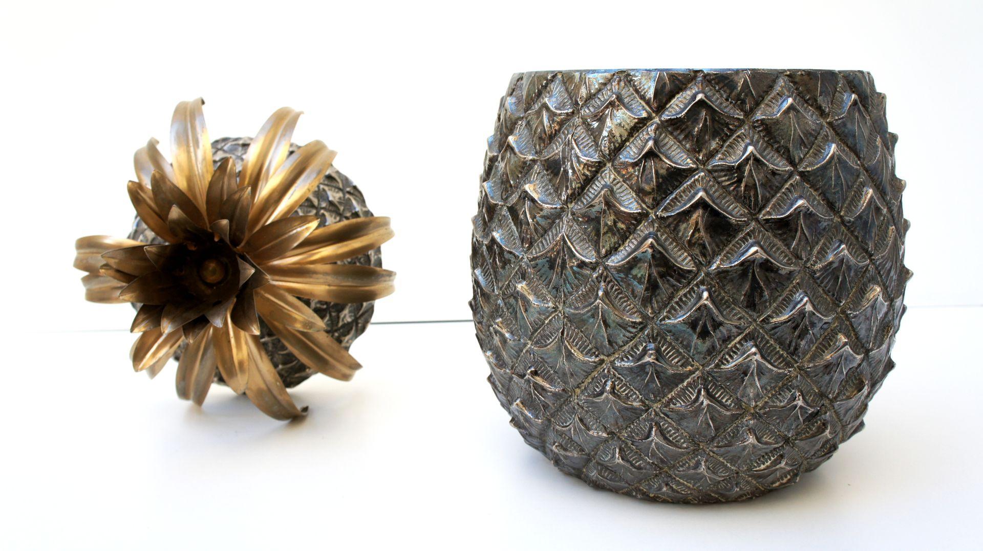 grand seau glace ananas en argent par mauro manetti pour fonderia d 39 arte 1960s en vente sur. Black Bedroom Furniture Sets. Home Design Ideas