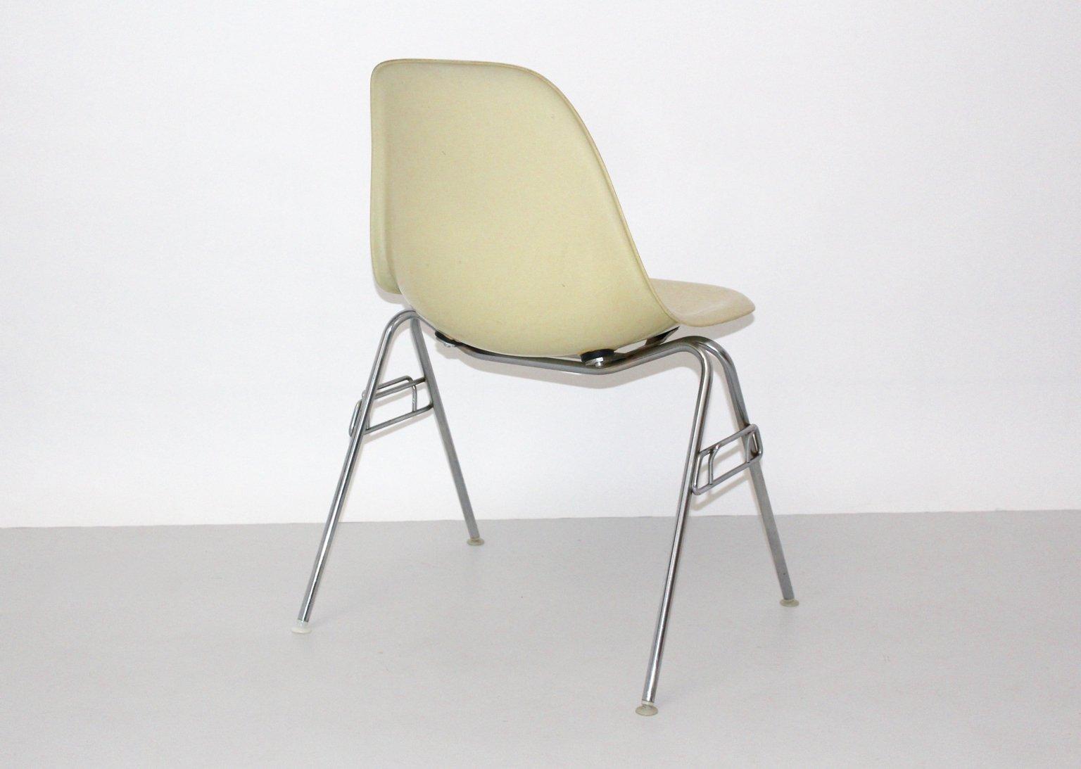 vintage model dss n fiberglas stuhl von ray charles eames f r herman miller bei pamono kaufen. Black Bedroom Furniture Sets. Home Design Ideas