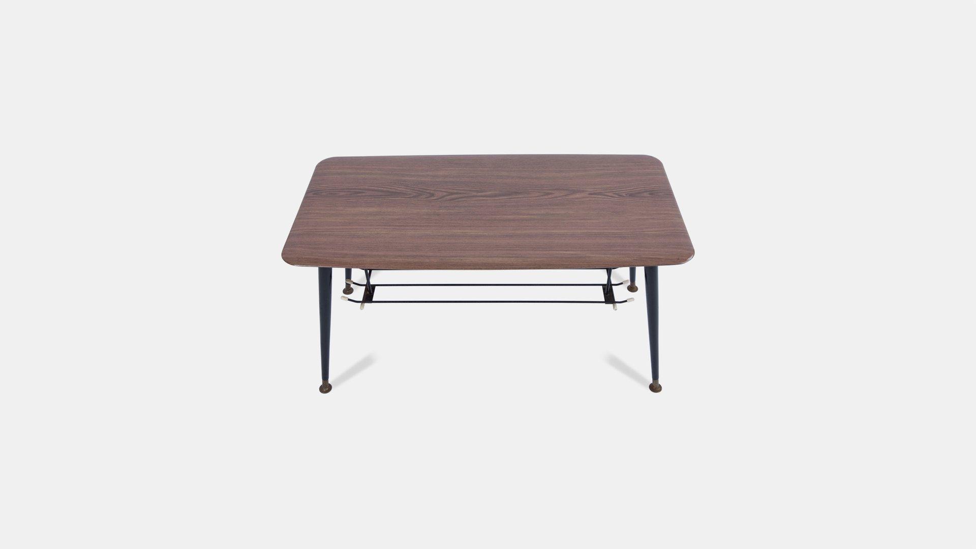 table basse en pointe 1960s en vente sur pamono. Black Bedroom Furniture Sets. Home Design Ideas