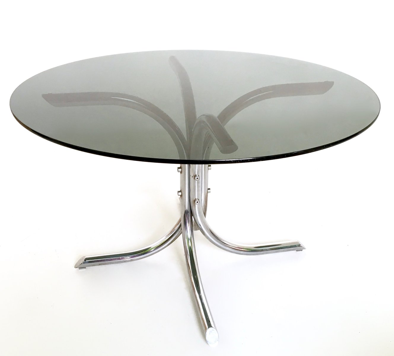Italienischer Esstisch aus Verchromtem Metall & Rauchglas, 1970er