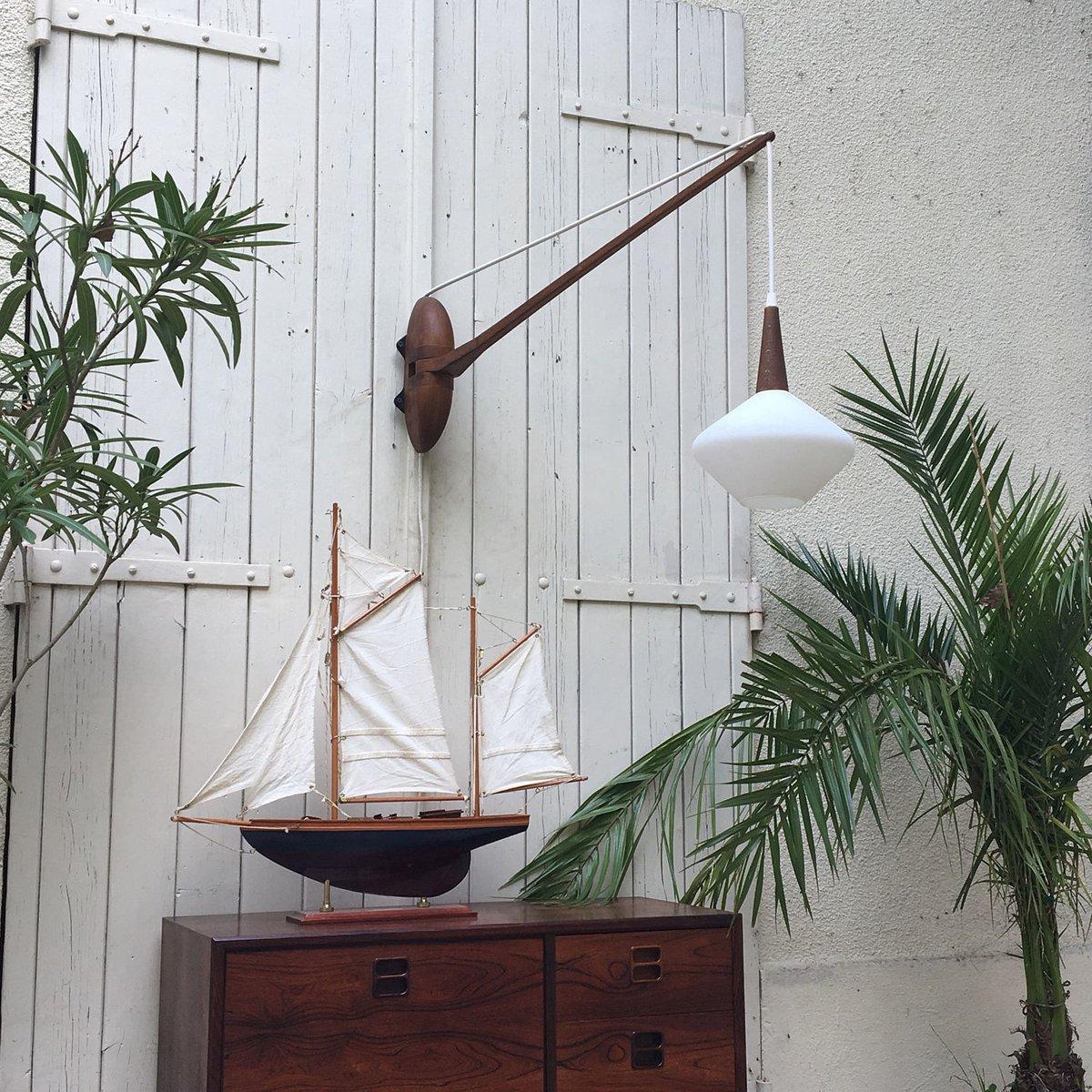 skandinavische lampe aus holz opalglas 1960er bei pamono kaufen. Black Bedroom Furniture Sets. Home Design Ideas