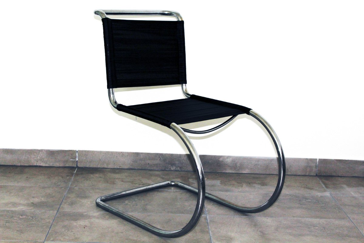 Merveilleux Tubular Steel Chair By Ludwig Mies Van Der Rohe, 1930s