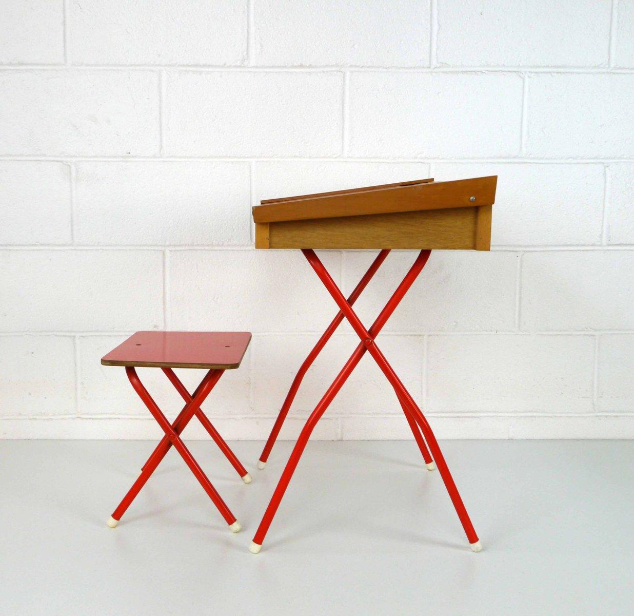 bureau enfant et tabouret vintage 1970s set de 2 en vente sur pamono. Black Bedroom Furniture Sets. Home Design Ideas