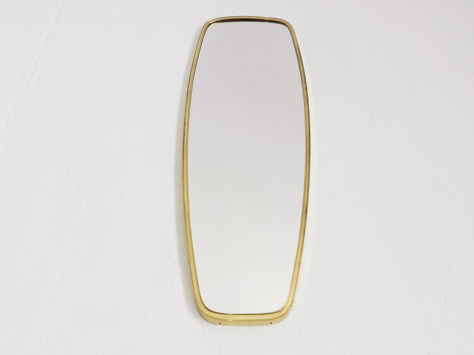 Long miroir mid century en laiton italie 1950s en vente sur pamono for Miroir en long