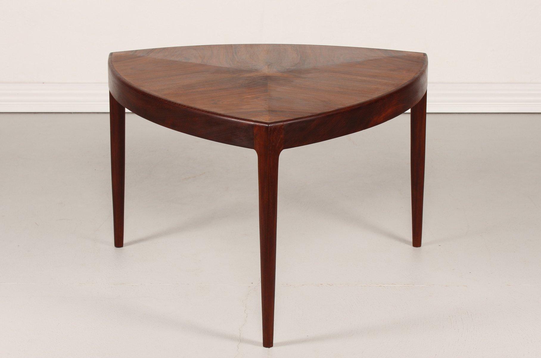 table basse vintage triangulaire danemark 1950s en vente. Black Bedroom Furniture Sets. Home Design Ideas