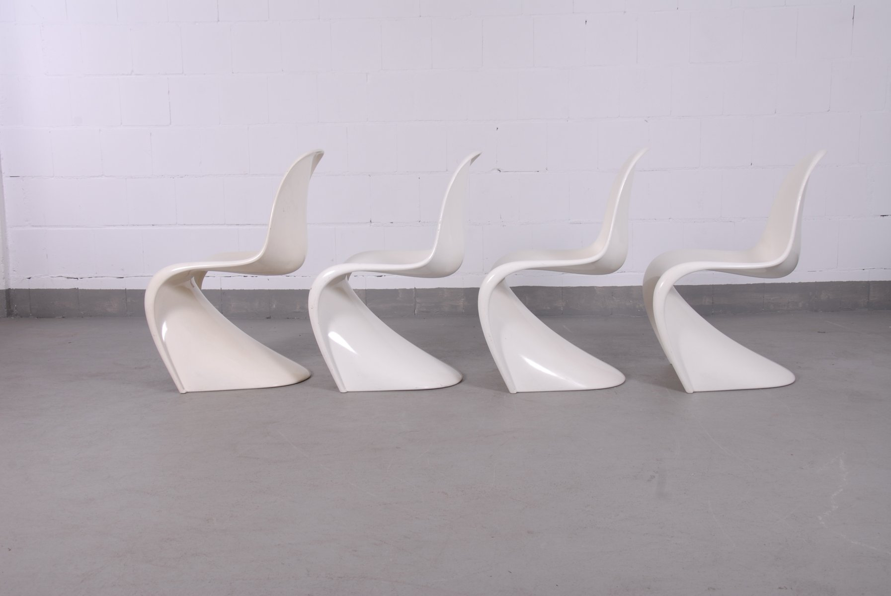 chaises panton blanc cass par verner panton pour fehlbaum 1960s set de 4 en vente sur pamono. Black Bedroom Furniture Sets. Home Design Ideas