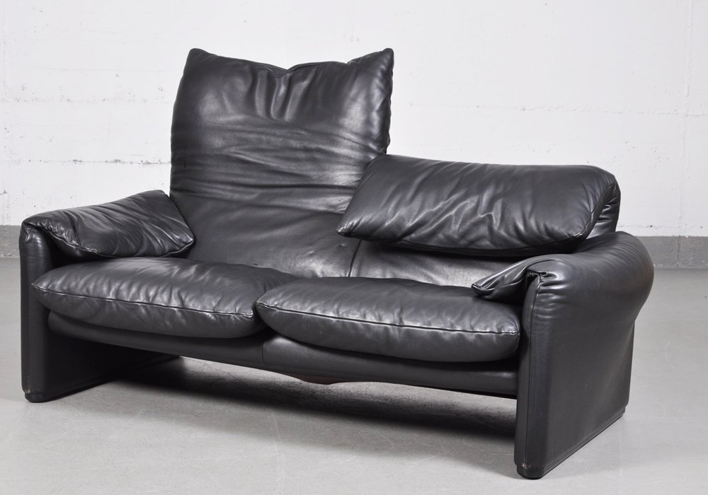 Vintage Maralunga Black Leather Two Seater Sofa By Vico Magistretti For Cina