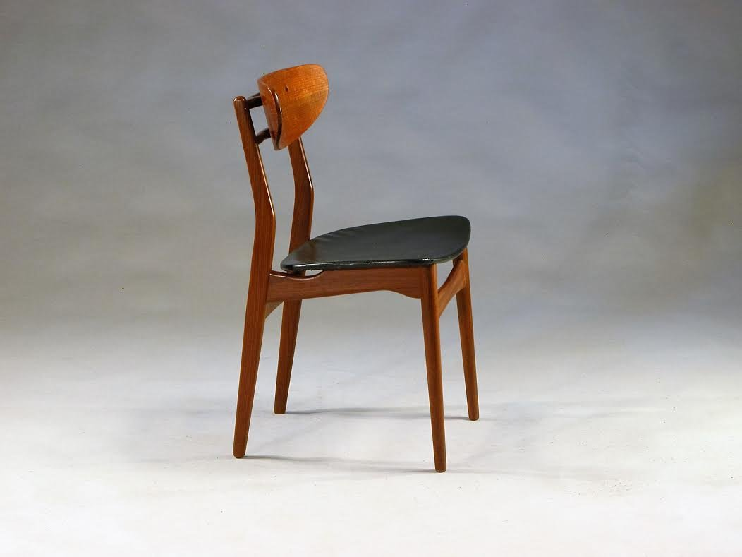 d nische teak skai esszimmerst hle 1960er 8er set bei pamono kaufen. Black Bedroom Furniture Sets. Home Design Ideas