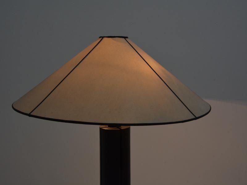 Plafoniere Con Base In Legno : Lampade da terra con base in legno soggiorno